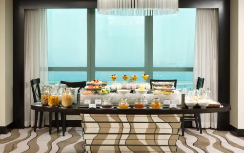 Sofitel Abu Dhabi Corniche photo 21