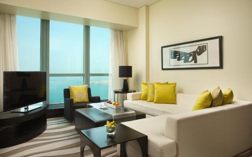Sofitel Abu Dhabi Corniche photo 24