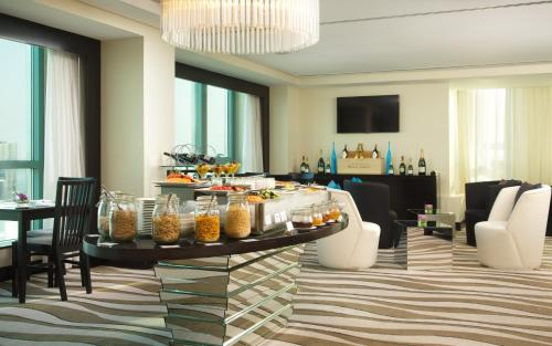 Sofitel Abu Dhabi Corniche photo 87