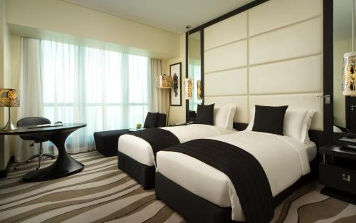 Sofitel Abu Dhabi Corniche photo 34