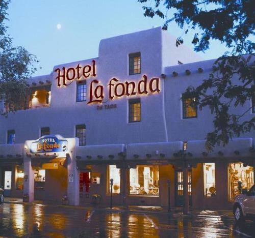 __{offers.Best_flights}__ Hotel La Fonda de Taos