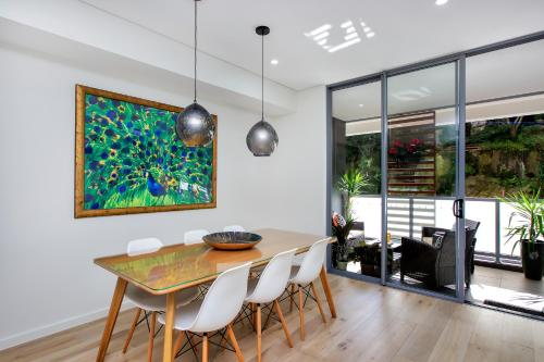 Balmain Rozelle Luxury 2 Bed Self Contained Apartment (105LIL) - image 1