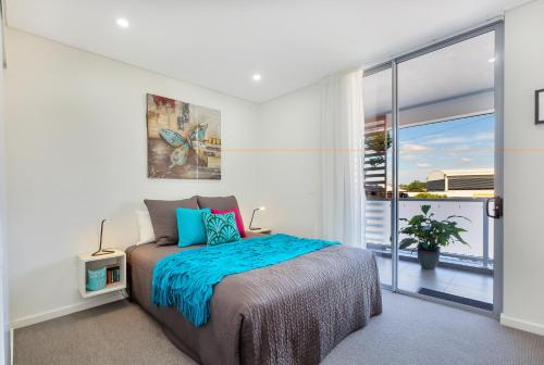 Balmain Rozelle Luxury 2 Bed Self Contained Apartment (105LIL) - image 4