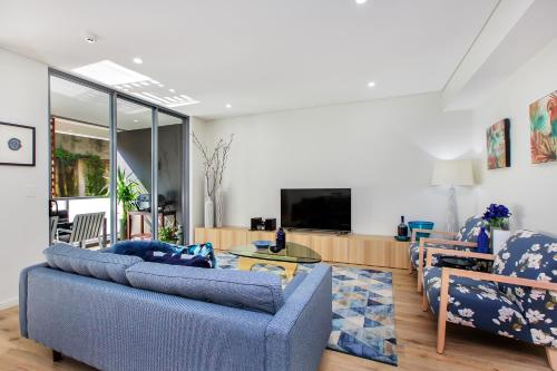 Balmain Rozelle Luxury 2 Bed Self Contained Apartment (105LIL) - image 5