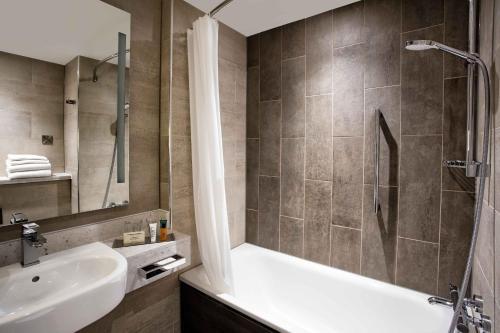 Hilton Edinburgh Carlton photo 12