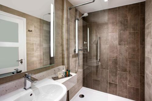 Hilton Edinburgh Carlton photo 13