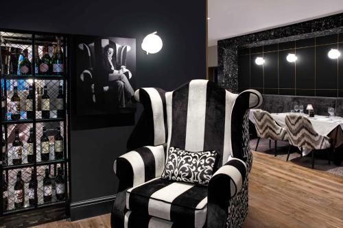 Hilton Edinburgh Carlton photo 22