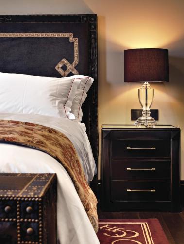 Deluxe Double or Twin Room Hotel Castillo de Gorraiz Golf & Spa 18