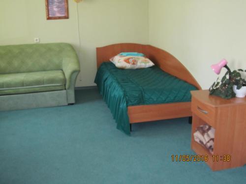 Гостиница «Березка» Одноместный номер с общей ванной комнатой