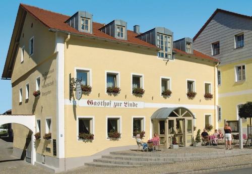 Hotel-Gasthof Zur Linde - Neukirchen beim Heiligen Blut
