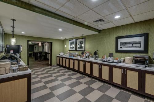Hampton Inn Pittsburgh-Monroeville in Monroeville