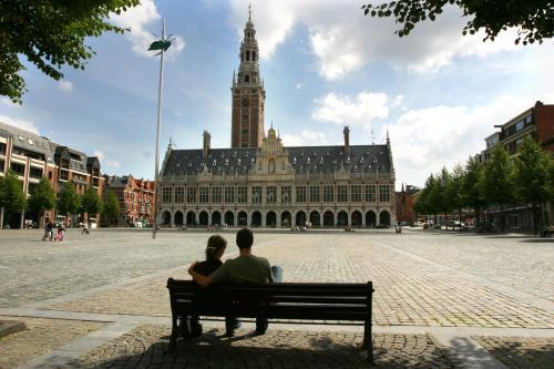 Alfons Smetsplein 7, 3010 Leuven, Belgium.