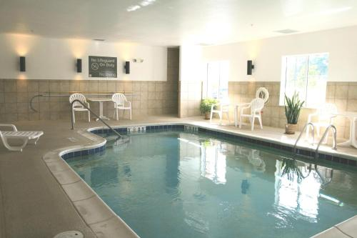 Hampton Inn Pittsburgh Area-Beaver Valley-Ctr Township - Monaca, PA 15061