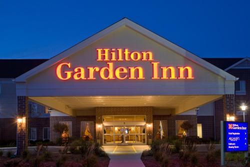 Hilton Garden Inn Milwaukee Northwest Conference Center