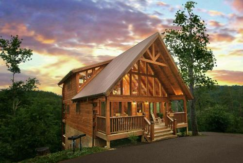 Mountain Memories - Pigeon Forge