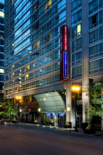 SpringHill Suites Chicago Downtown-River North