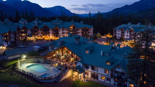 Lizard Creek Lodge - Hotel - Fernie