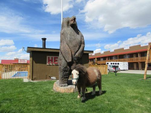 . Big Bear Motel