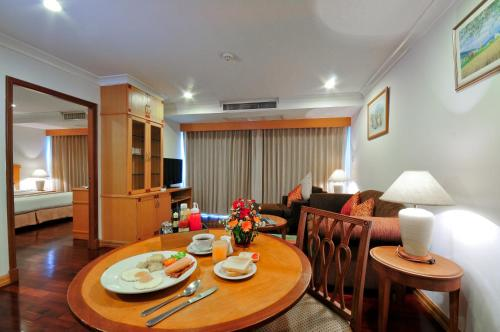 Admiral Suites Bangkok by Compass Hospitality photo 46
