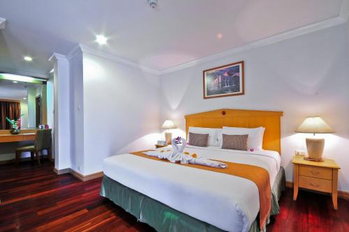 Admiral Suites Bangkok by Compass Hospitality photo 47
