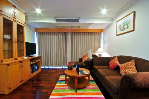 Admiral Suites Bangkok by Compass Hospitality photo 49