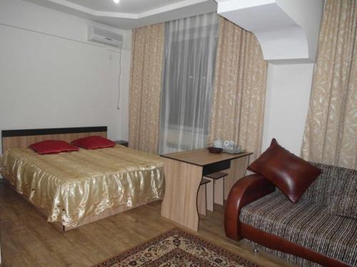 Kuze Hotel