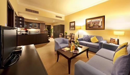 Al Manzel Hotel Apartments impression