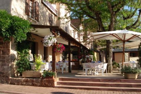 Auberge Aux Portes de Conques - Hôtel - Conques-en-Rouergue