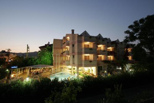 Marmaris Erdenhan Apart Hotel indirim kuponu