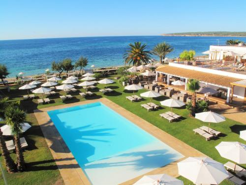 . Gecko Hotel & Beach Club