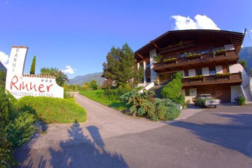 Garni - Hotel Rinner Julia - Laces