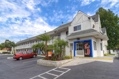 Motel 6 Los Angeles - Baldwin Park
