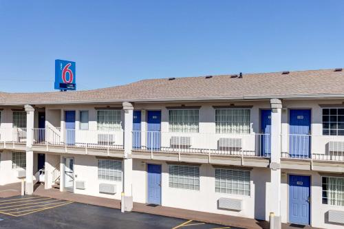 Motel 6 Bowling Green - Kentucky - Bowling Green, KY 42104