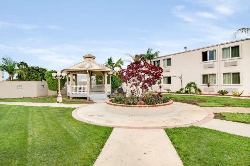 Motel 6-Carson CA - Carson, CA CA 90746