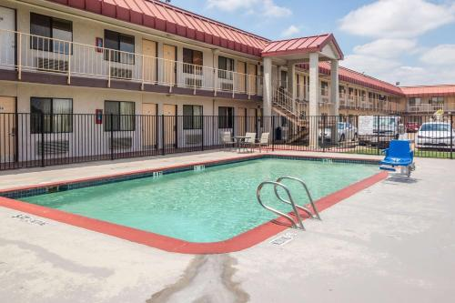 Фото отеля Motel 6 Dallas - Mesquite