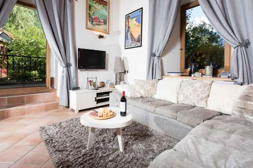 Lou Lou Apartment - Chamonix All Year Chamonix