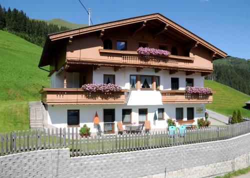 Haus Leonhard Lanersbach-Tux