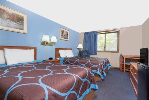 Super 8 By Wyndham Mankato - Mankato, MN 56003