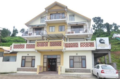 Фото отеля Dragon I Resorts