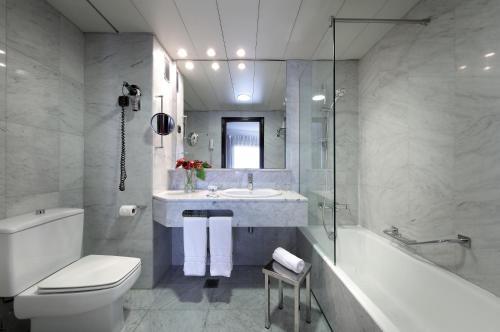 Hotel Vía Castellana - image 5