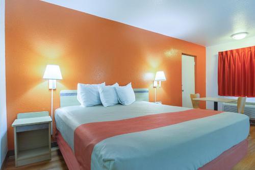 Motel 6 - Gainesville - Gainesville, GA 30507