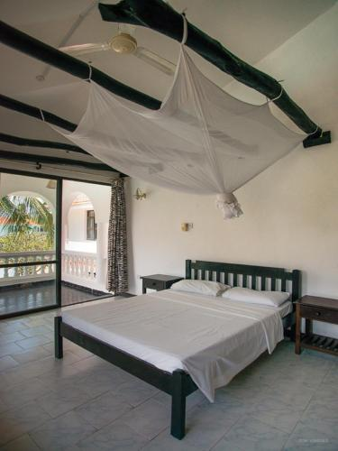 Deluxe double Room with Pool View in Shared Villa