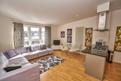 Edinburgh Pearl Apartments - Lochrin Place photo 31