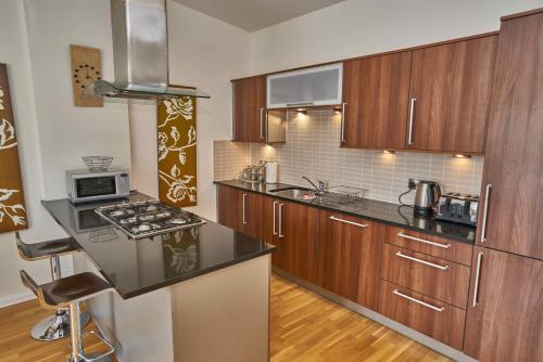 Edinburgh Pearl Apartments - Lochrin Place photo 32