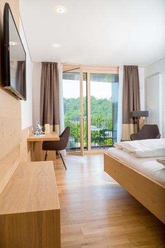 Hotel Zur Schonen Aussicht Marktheidenfeld In Germany