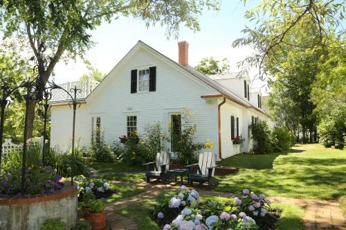 Cory Cottage at the Pansy Patch (B&B)