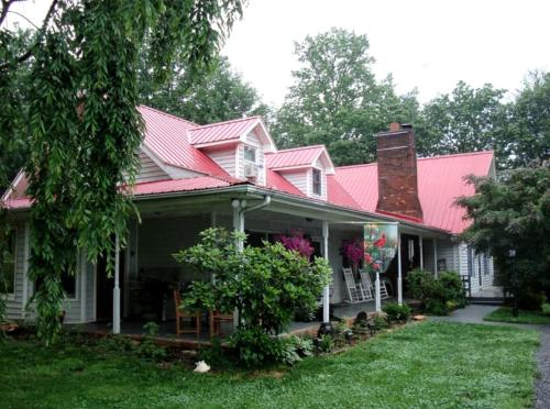 Blue Ridge Manor Bed and Breakfast - Accommodation - Fancy Gap