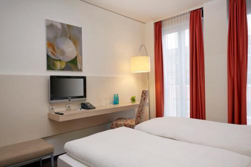 H+ Hotel München photo 36