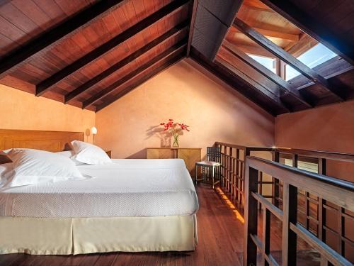 Triple Room Hotel San Roque 14