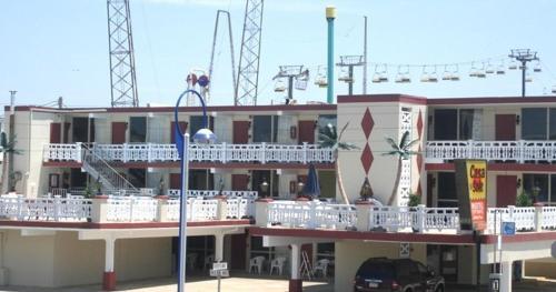 Casa Del Sol Motel - Wildwood, NJ 08260